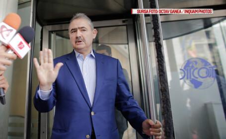 Fostul ministru Mihai Tanasescu pleaca de la sediul DIICOT