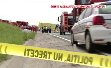 Doi tineri raniti in accidentul de autocar de la Brasov au fost externati. Politia a cerut expertiza tehnica a vehiculului