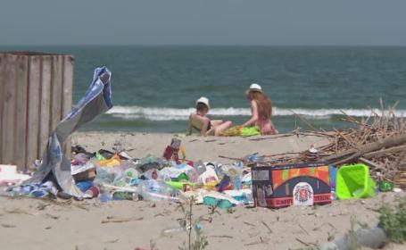 Dintr-o plaja promitatoare a ajuns un loc plin de gunoaie, iar drumul de acces e distrus. Ce s-a ales de \