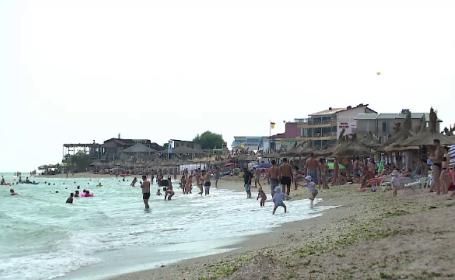 Cea mai ieftina cazare de pe litoral atrage mai multi turisti straini decat romani. De ce nu le plac hotelurile de lux