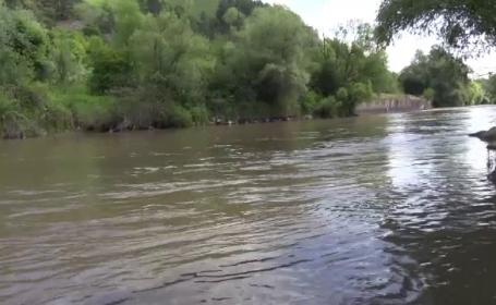 Doi tineri plecati la plimbare cu barca au disparut fara urma. Declaratia martorilor