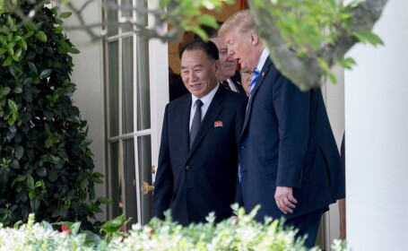 Donald Trump si Kim Yong Chol