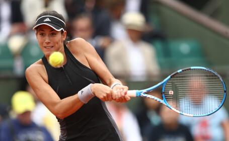 Muguruza a învins-o pe Sharapova şi s-a calificat în semifinale la Roland Garros