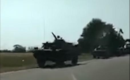 Rusia, acuzată a trimis blindate la graniţa cu Moldova. Reacţia Kremlinului