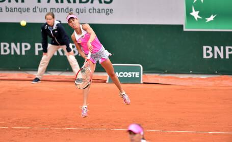 Mihaela Buzărnescu, învinsă în finala de dublu de la Nottingham