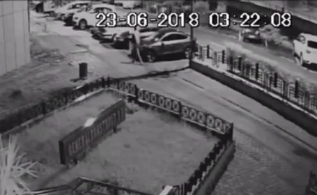 Masini distruse la Piatra Neamt