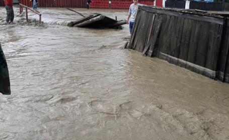 Interventie inundatii
