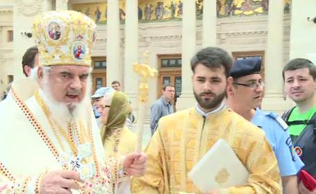 Eroii neamului, pomeniți joi la Patriarhie. Și Armata a organizat evenimente