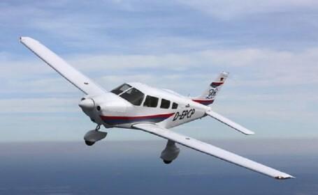 Un milionar a pus avionul pe pilot automat pentru a avea relații sexuale cu o adolescentă