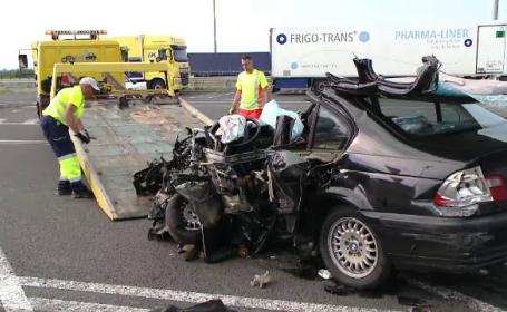 Trei oameni uciși de un individ care a condus pe A1 pe contrasens. Vinovatul a fugit