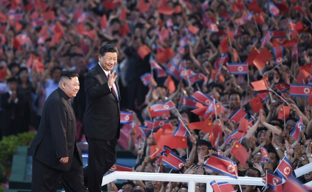 Spectacol impresionant dat de Kim Jong-un în onoarea președintelui chinez, la Phenian