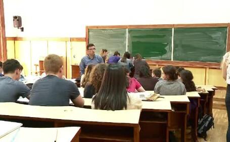 Studentul român care și-a luat licența de pe net cu 900 lei. Ce a pățit în ziua examenului