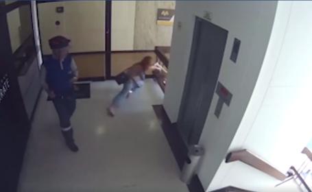 Gestul unei mame, atunci când vede că fiul său cade de la etajul 4. VIDEO