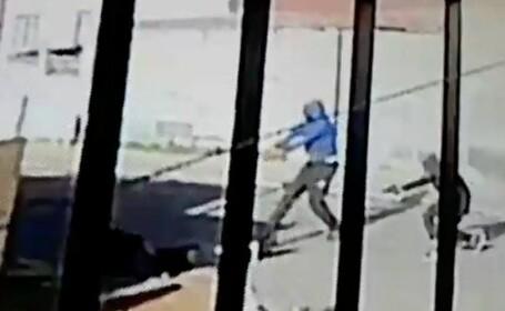 Execuție suprinsă pe camerele de supraveghere. Trei bărbați au ucis un rival cu focuri de armă, în plină stradă
