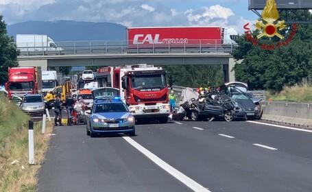 Patru români, între care 2 copii, au murit într-un accident cumplit pe o şosea din Italia