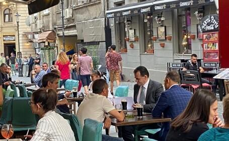 Ludovic Orban, la terasă în Centrul Vechi