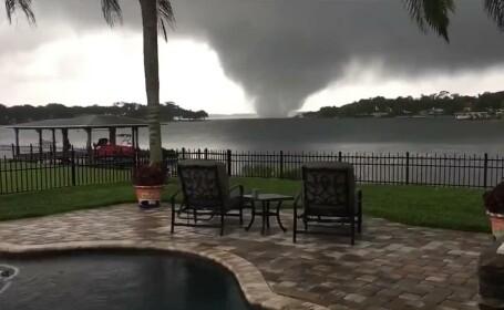VIDEO. Momentul în care o tornadă lovește centrul unui oraș din SUA. Ce pagube au fost