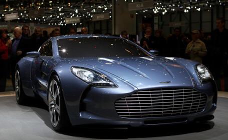 Pandemia a lovit în plin industria auto de lux. Câți angajați vor concedia Bentley și Aston Martin
