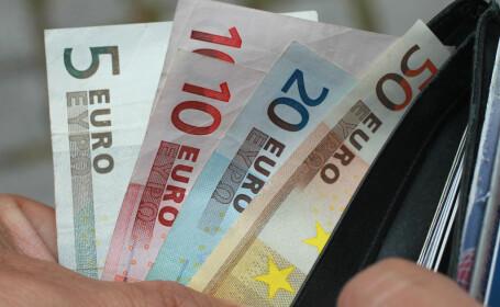 Țara europeană care va oferi bani gheață tuturor locuitorilor săi. Cât vor primi