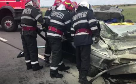 Accident cumplit în apropiere de Craiova. Trei persoane, printre care doi soți, au murit
