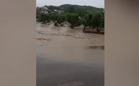 Viitură uriaşă pe Prut. Râul a depăşit cu 2 METRI cota de pericol