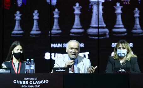 """Garry Kasparov, despre Putin: """"Când se va prăbuşi el, se va prăbuşi şi sistemul, pentru că n-o să-l ajute nimeni"""""""
