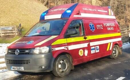 Un băiat de 16 ani din Suceava a ajuns la spital, după ce parașuta cu care a sărit nu s-a deschis complet