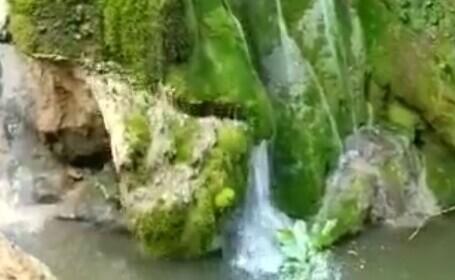 VIDEO. Momentul în care Cascada Bigăr s-a prăbușit