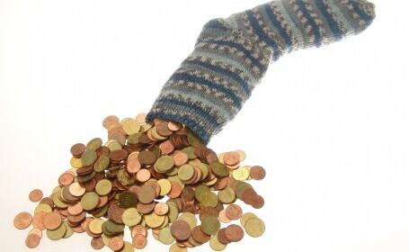 ANALIZĂ Cu ce salarii s-au ales românii după un an de pandemie. Bugetarii sunt din nou favorizați