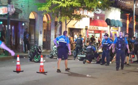 Atac armat în centrul orașului Austin din Texas. Cel puțin 13 oameni sunt răniți