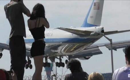 VIDEO Exaltarea cauzată la Londra de sosirea Air Force One. \