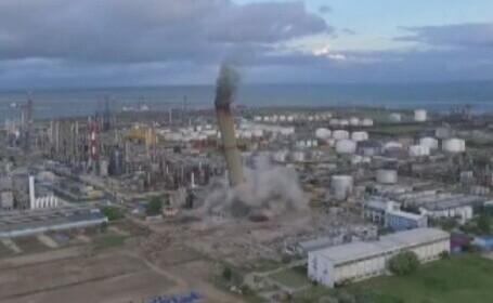 Turn din Constanța, demolat cu explozibili. Imagini spectaculoase