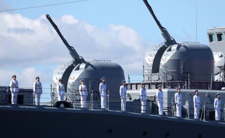 Forţele ruse au tras focuri de avertisment asupra unui distrugător britanic în Marea Neagră