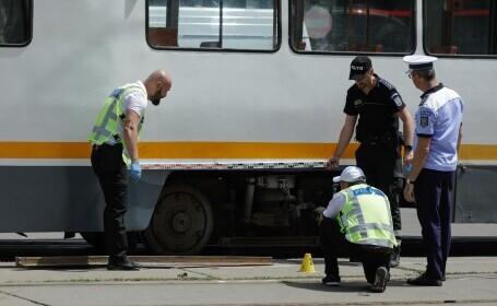 Incident grav în București. O șină s-a desprins, a trecut prin podeaua unui tramvai și a rănit un bărbat - 3