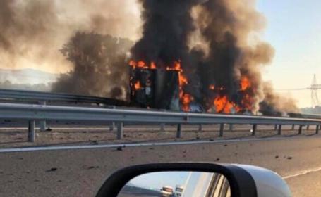 Imagini apocaliptice pe Autostrada A1. Traficul a fost complet blocat. VIDEO