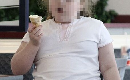 Americanii obezi care merg cu avionul platesc in plus!