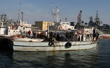 Trupul unuia dintre cei doi marinari romani, disparuti in Marea Adriatica dupa scufundarea unui pescador, a fost gasit