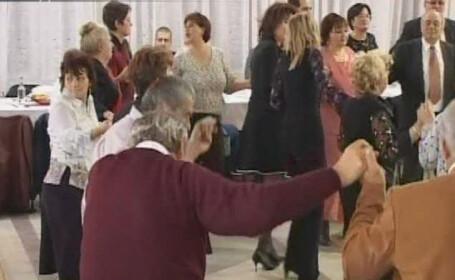 Distractie ca la 20 de ani pentru pensioanarele din Galati!