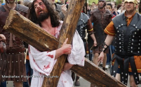 Drumul Crucii a fost recreat la Baia Mare
