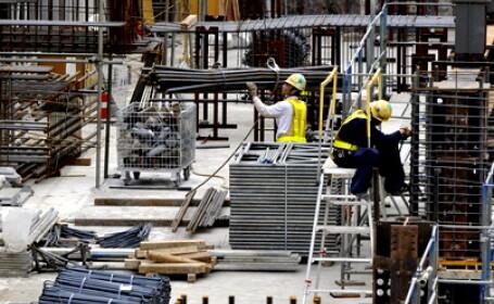 Muncitori japonezi, constructii