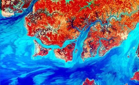 Imagini Pamant sateliti NASA