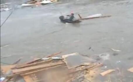 Un tata si-a recuperat fiica pierduta dupa seismul urmat de tsunami din 2004