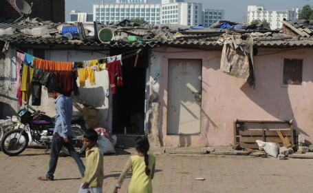 India, saracie, copii