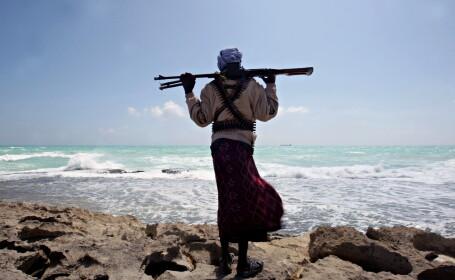 UE aproba atacurile impotriva navelor piratilor somalezi. Vor viza si tinte terestre importante