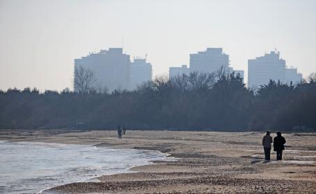 Weekend ratat pentru hotelierii de pe litoral. Ploaia a alungat turistii si a injumatatit incasarile