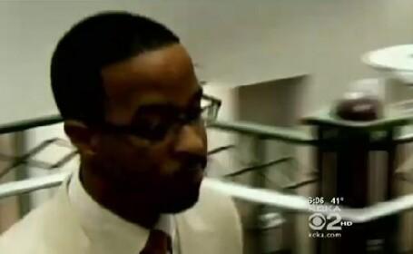 Un profesor din SUA, arestat dupa ce s-a aflat ce isi obliga elevele sa faca. VIDEO