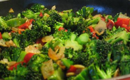 Consumati din belsug in aceasta perioada stevie, untisor, leurda, plante din flora salbatica. Beneficiile lor pentru organism