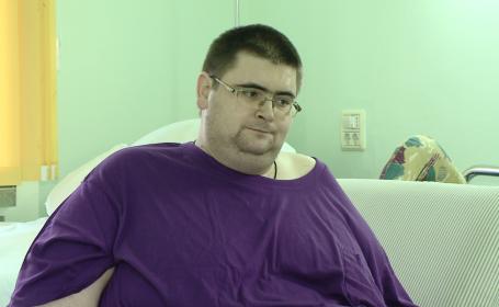 Barbatul care cantarea aproape 300 de kilograme a murit la Spitalul Judetean din Timisoara