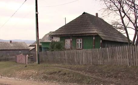 O eleva din Suceava ar fi ramas insarcinata cu vecinul pe care-l ajuta la curatenie. \