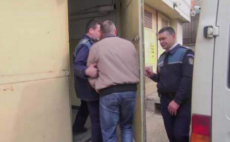 ofiter arestat de politisti Galati